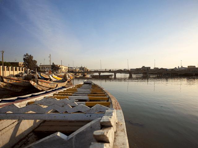 Rybárske lode v Saint Louis, Senegal